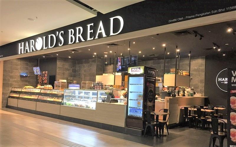 Harold's Bread Front Shop