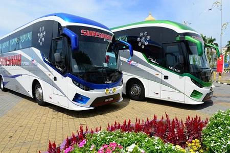 Suasana Holiday Express Bus